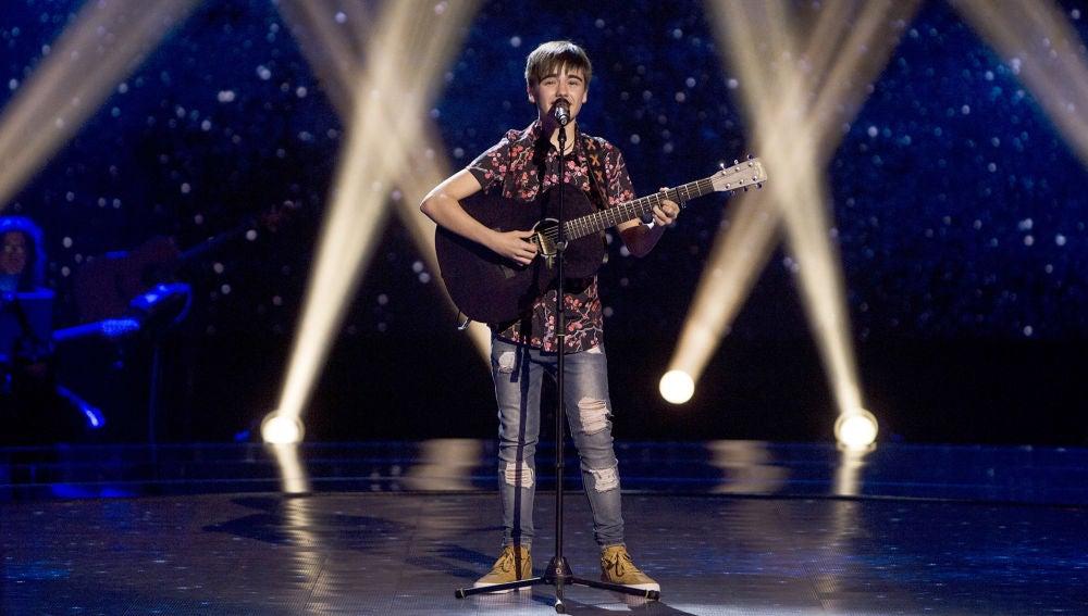 Guillermo Rueda canta 'Your song' en las Audiciones a ciegas de 'La Voz Kids'
