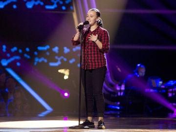 Lidia España canta 'Gloria a ti' en las Audiciones a ciegas de 'La Voz Kids'