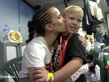 Cristina Morales, madre y campeona del mundo de kick boxing