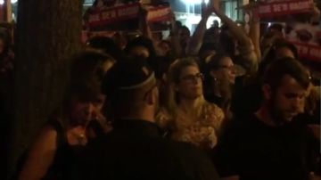 Elsa Artadi en las protestas
