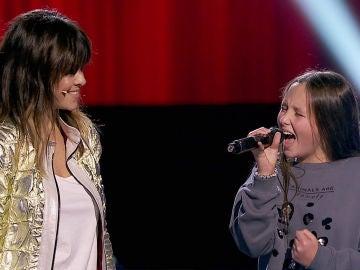 Vanesa Martín y Laura Bautista cantan 'Perdóname' en las Audiciones a ciegas de 'La Voz Kids'