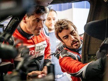 Marc Coma y Fernando Alonso analizan su Toyota