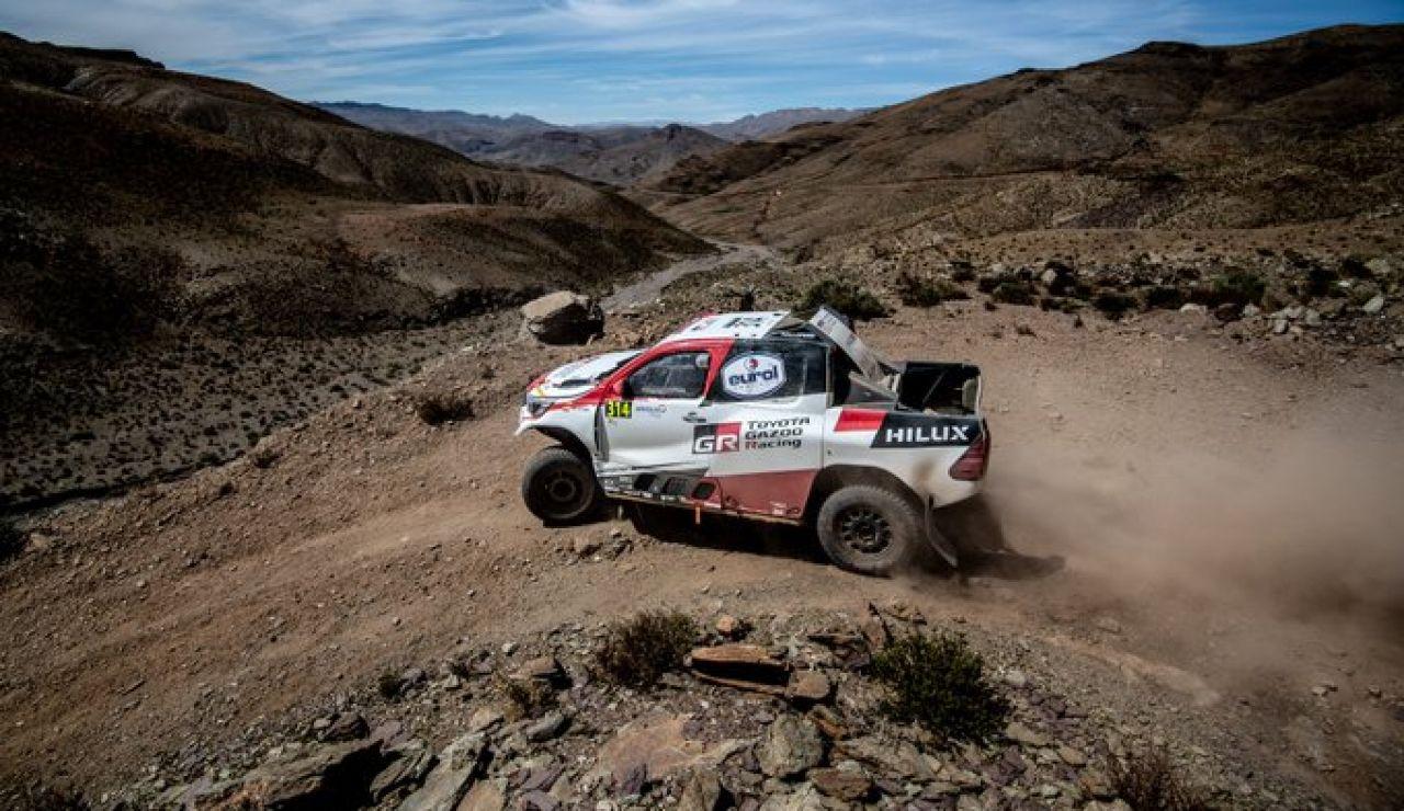 El Toyota Hilux de Alonso y Marc Coma en Marruecos