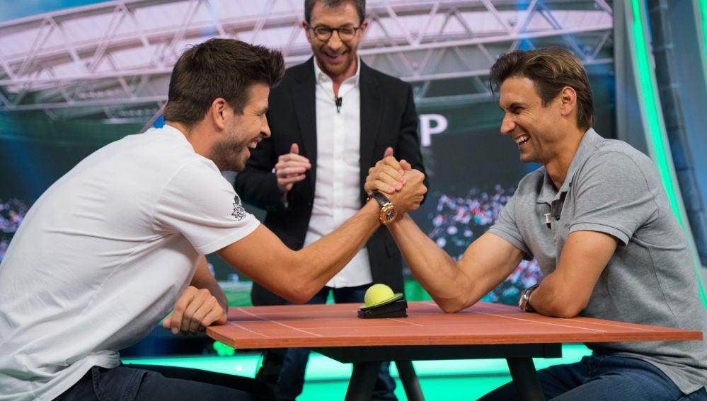 Gerard Piqué y David Ferrer, enfrentados en 'el tenis mental' de 'El Hormiguero 3.0'