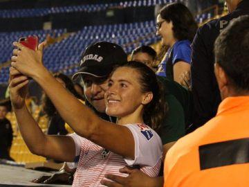 La foto del acoso a una jugadora