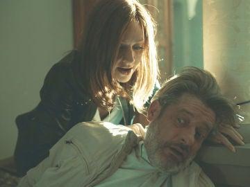 """Macarena, a Philip tras golpearle en la cabeza: """"Vas a morir aquí"""""""