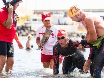Muere el nadador Carmelo Santana