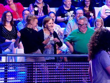 Xuxa hace un trío de baile con Palmira Gogó y Paquillo en '¡Ahora caigo!'