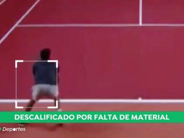El tenista español Bernabé Zapata sufre la eliminación más absurda por tener un agujero en el pantalón