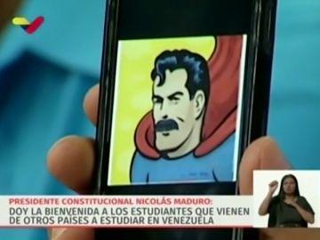 """Nicolás Maduro se convierte en """"Superbigotes"""" para burlarse del presidente de Ecuador"""