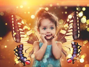 Niña mariposa (archivo)