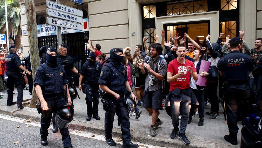 Desalojo de seis familias en Barcelona