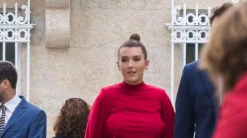 Alba Díaz durante la boda del amigo de su novio, Javier Calle