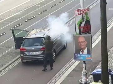 El detenido es un joven neonazi que retransmitió en directo el momento en el que mató a dos judíos en Alemania