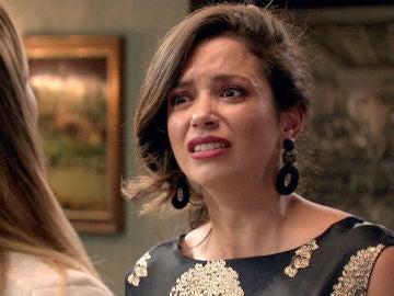 Amelia se siente humillada y estalla en una fuerte discusión con Luisita