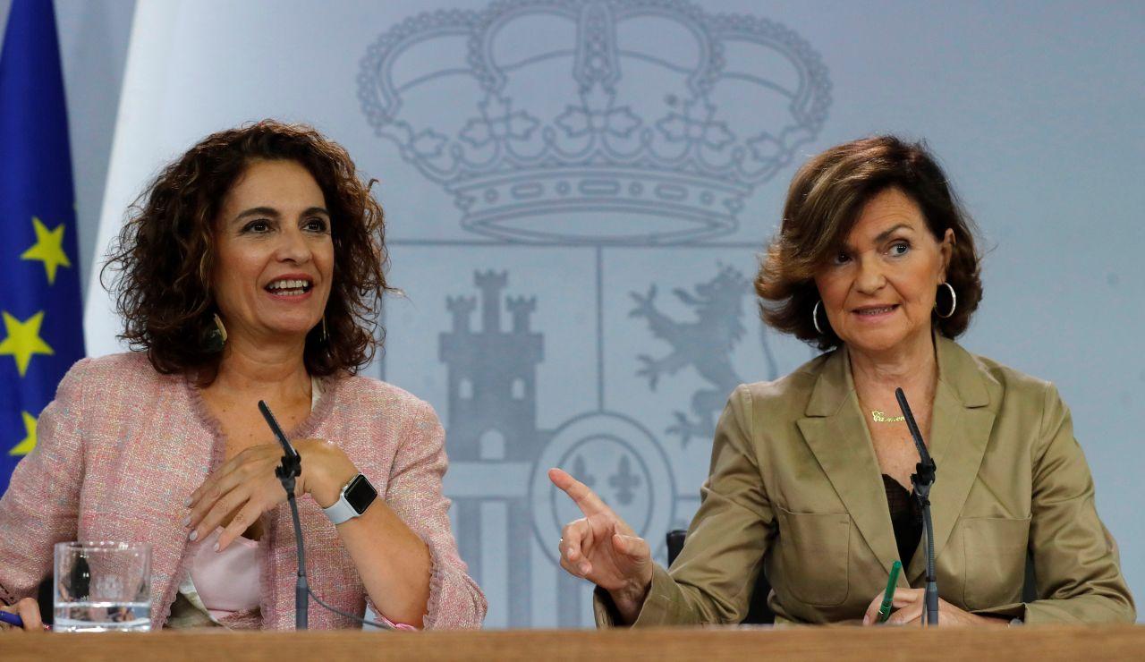 María Jesús Montero y Carmen Calvo, en la rueda de prensa del Consejo de Ministros