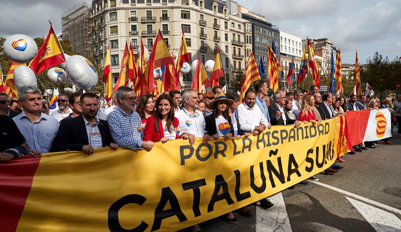 Manifestación en Barcelona por el Día de la Hispanidad