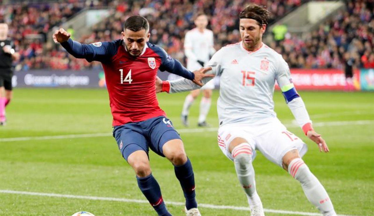 Ramos durante el partido en Noruega