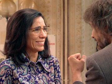 Guillermo y Julia consiguen tranquilizar a Manolita antes del juicio