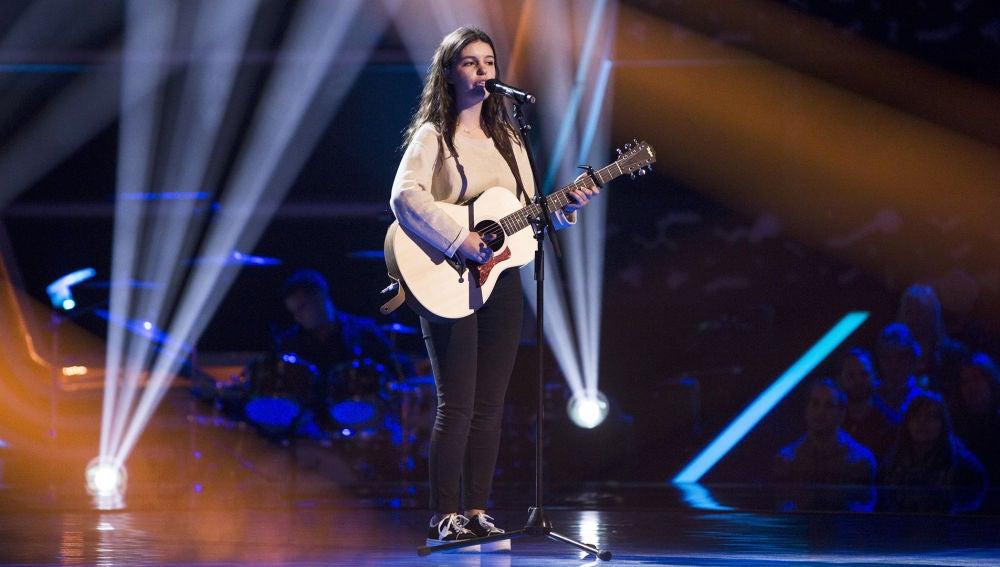 Actuación Lucie Labays