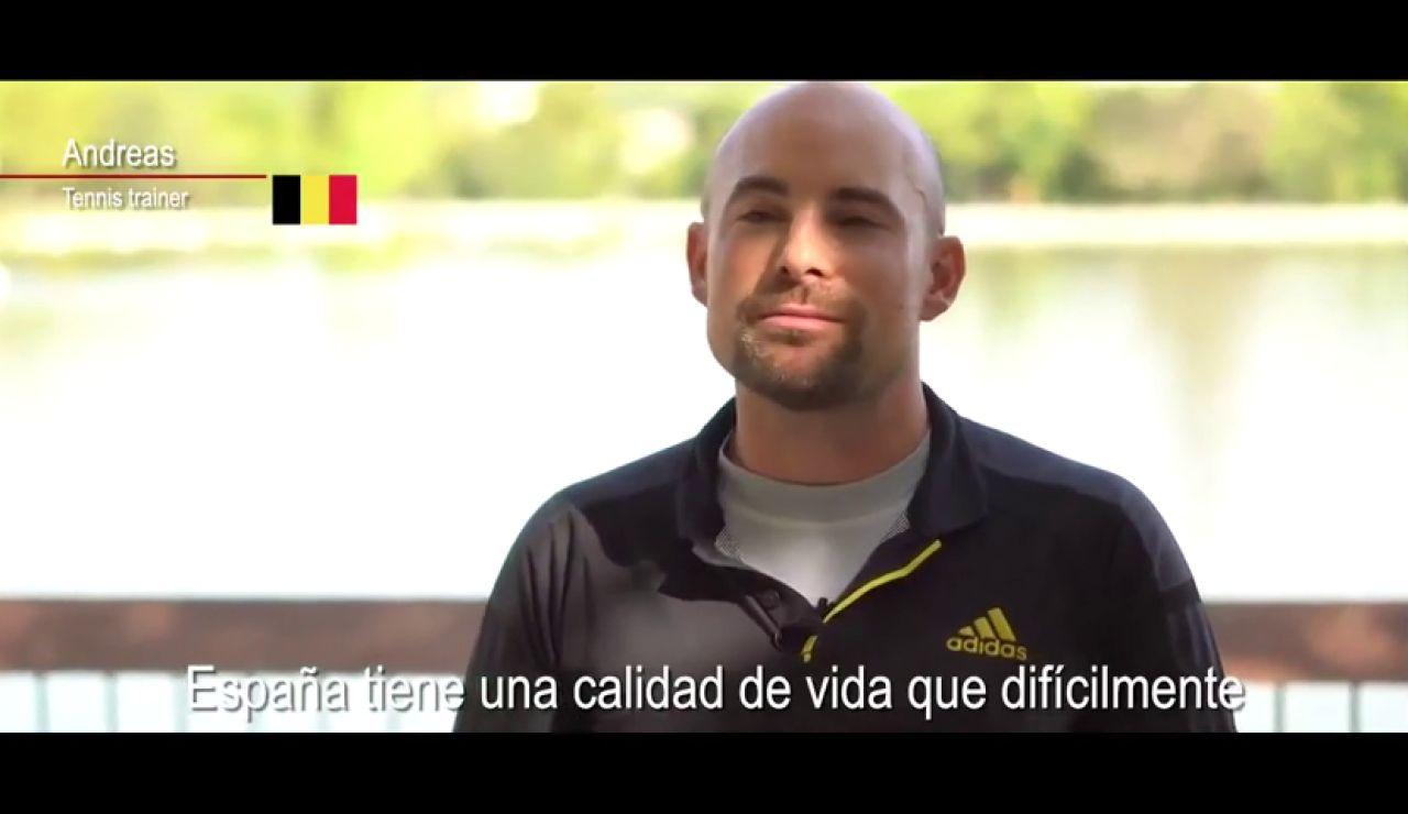 Sánchez presume de España en un vídeo protagonizado por residentes extranjeros afincados en el país