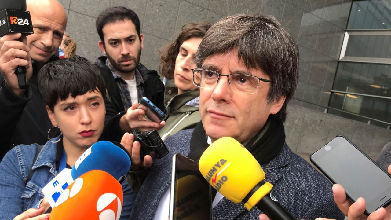 "Carles Puigdemont Contesta A Pedro Sánchez: ""No Soy Ningún"