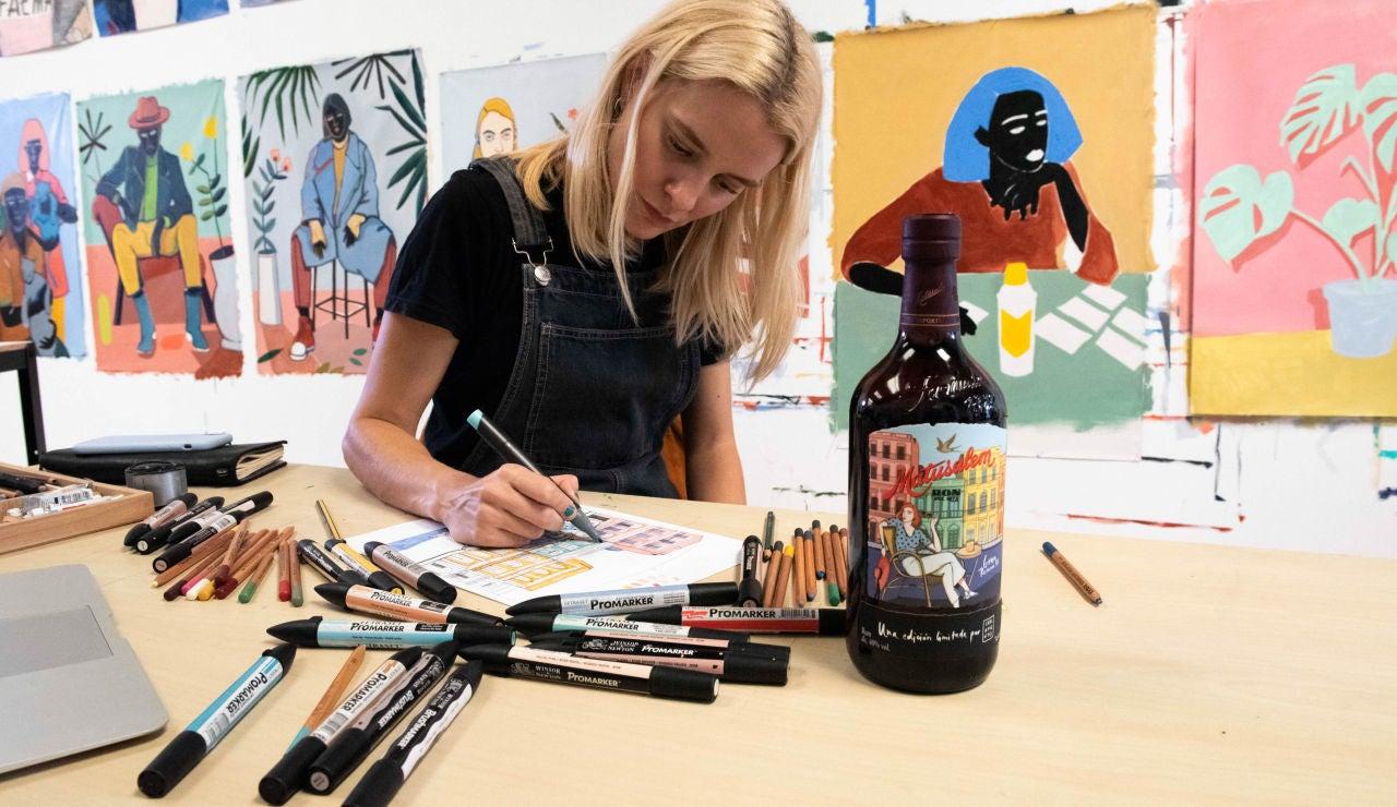 Carla Fuentes en su estudio