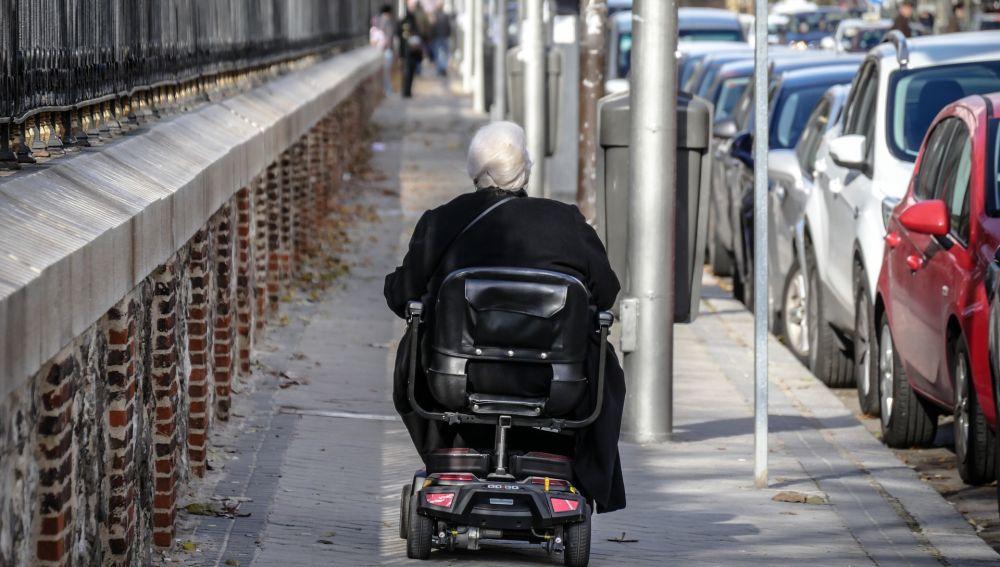 Detenida una mujer de 81 años en Colombia por transportar droga en su silla de ruedas