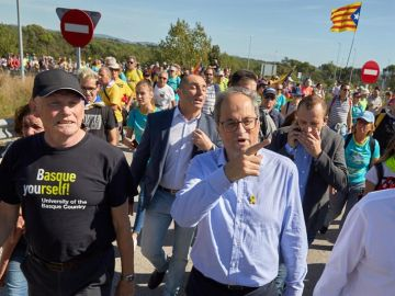 Quim Torra con Ibarretxe en una de las marchas independentistas