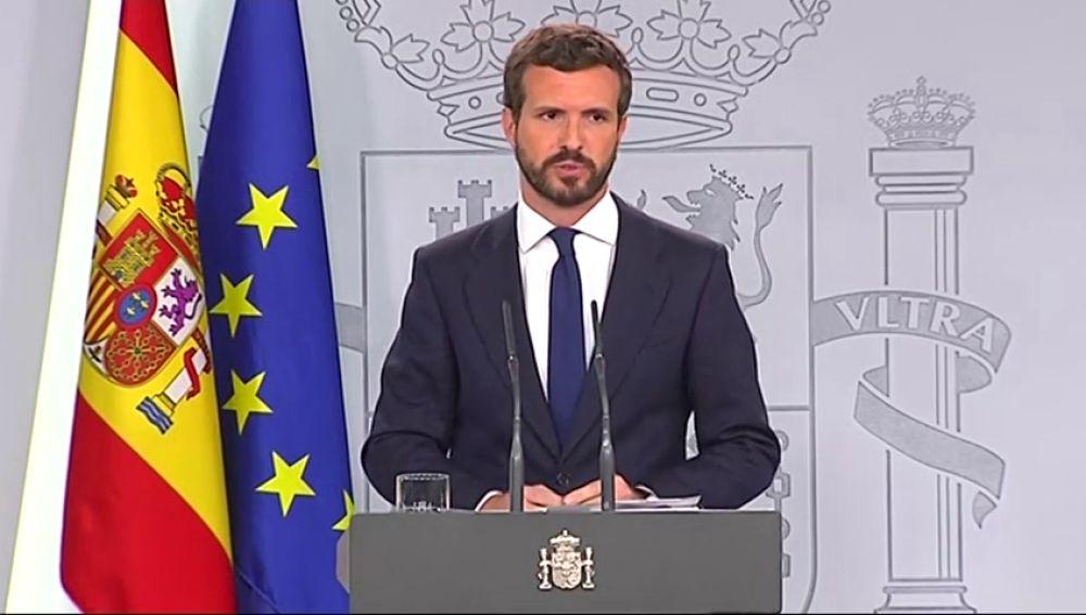 Casado ve a Sánchez desbordado y pide la aplicación de la Ley de Seguridad Nacional