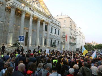 Pensionistas llegan a Madrid desde Cádiz y Bilbao