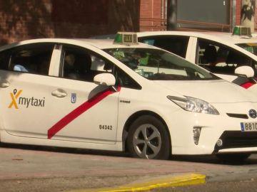 El 40% de los españoles apoya la regulación del 1/30 que defienden los taxistas