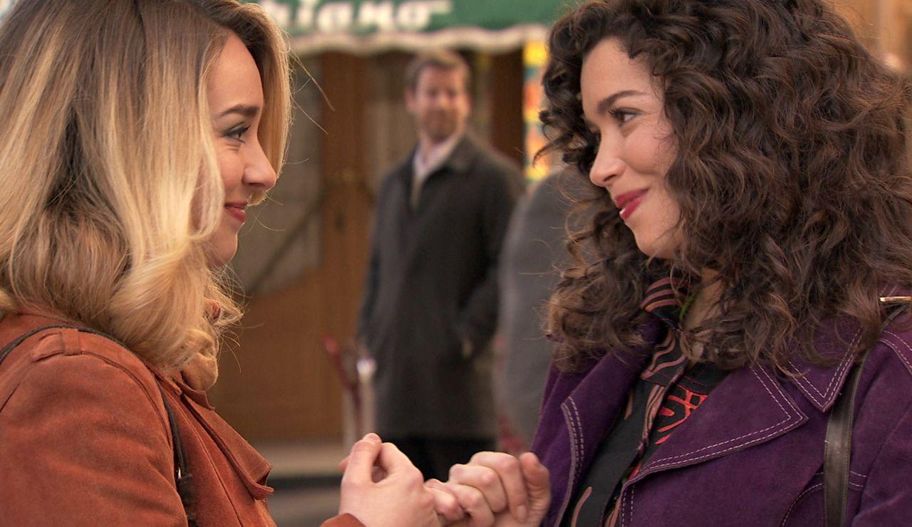 Amelia y Luisita se dicen 'te quiero' en público con este gesto