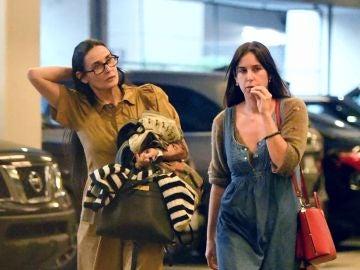 Demi Moore y su hija Scout Willis se van de compras sin una pizca de maquillaje