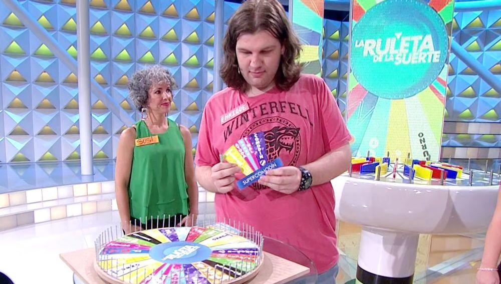 """""""Una auténtica obra de arte"""", un concursante hace una copia idéntica de 'La ruleta de la suerte'"""
