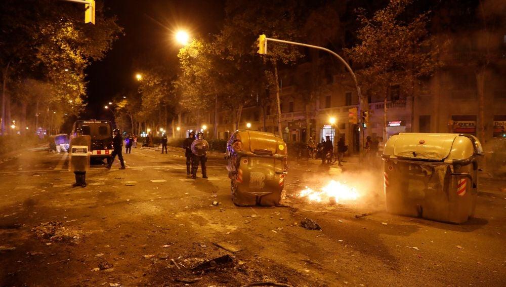Disturbios producidos este miércoles tras la concentración de miles de personas