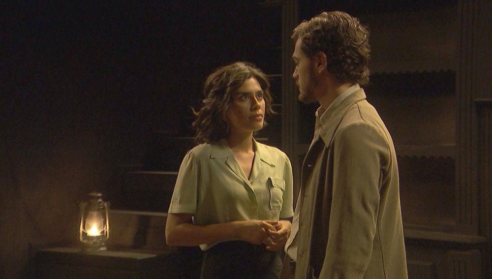 Matías y Alicia, cada vez más cariñosos en la intimidad
