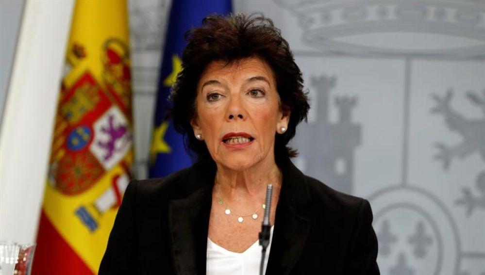 Isabel Celaá en tras el Consejo de Ministros