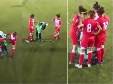 La jugadora pierde el velo en mitad del partido