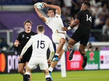 Inglaterra da la sorpresa y elimina a los All Blacks para meterse en la final del Mundial de Rugby