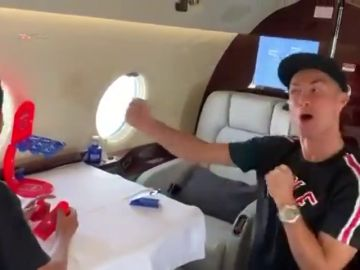 La celebración de Cristiano Ronaldo tras ganar a su hijo en un juego de mesa