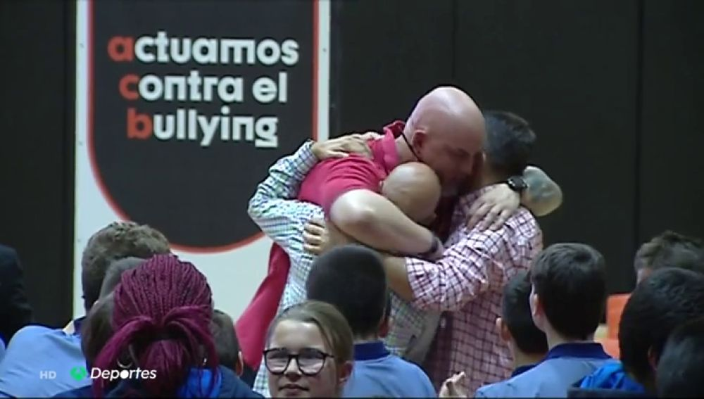 """Iñaki Zubizarreta y su campaña contra el 'bullying' escolar: """"Me fui a suicidar con 12 años"""""""