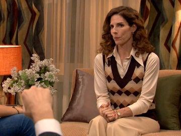 Armando presiona a Julia para confesar a sus hijos su infidelidad