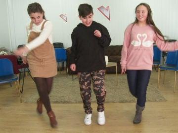 Eva Paul, Marcos Díaz y Laura Bautista, dispuestos a crear una coreografía para las Batallas de 'La Voz Kids'