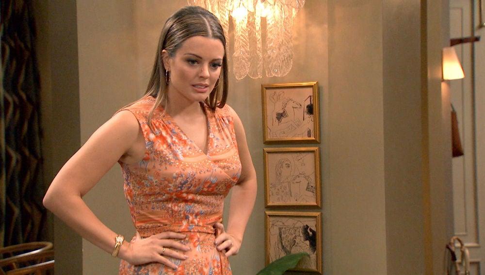 Lourdes se enfrenta a su madre tras saber que se ha acostado con Guillermo