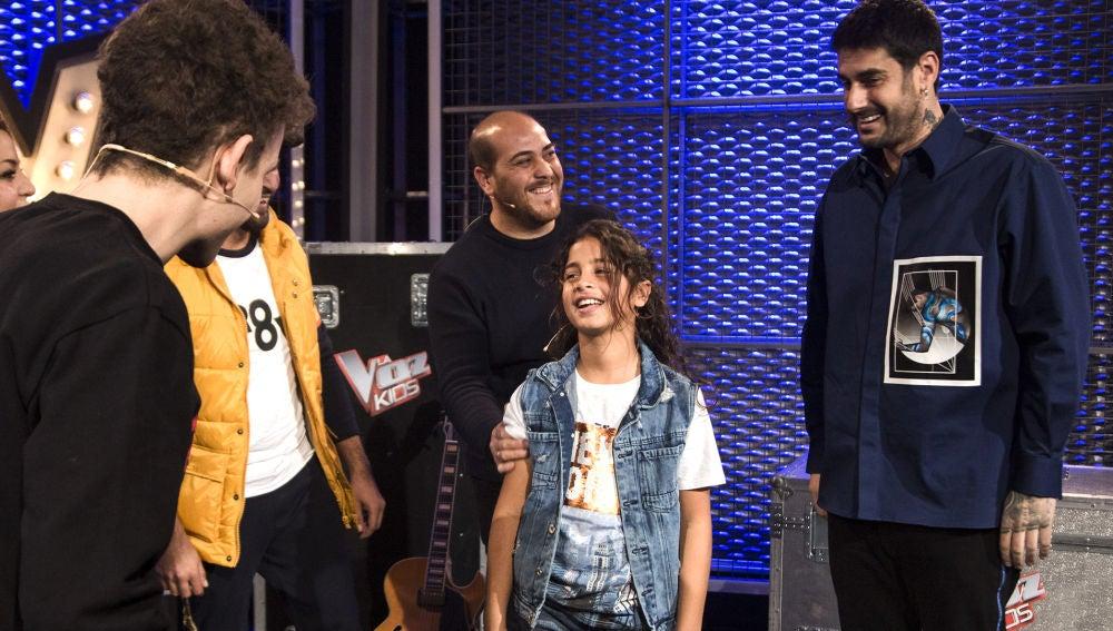 Melendi roba a Juan Miguel Cortés en las Batallas de 'La Voz Kids'