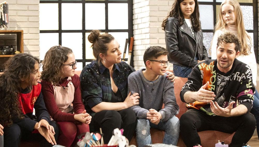 "David Bisbal presenta a Niña Pastori, su asesora en 'La Voz Kids': ""Es una voz maravillosa"""