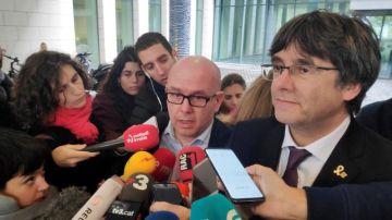 El abogado Gonzalo Boye con Carles Puigdemont