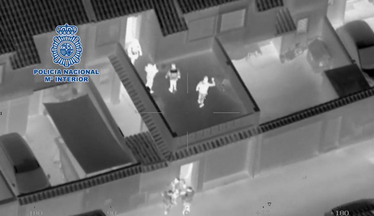 Imágenes aéreas de la operación 'Dockers' que introducía droga por el método del gancho ciego
