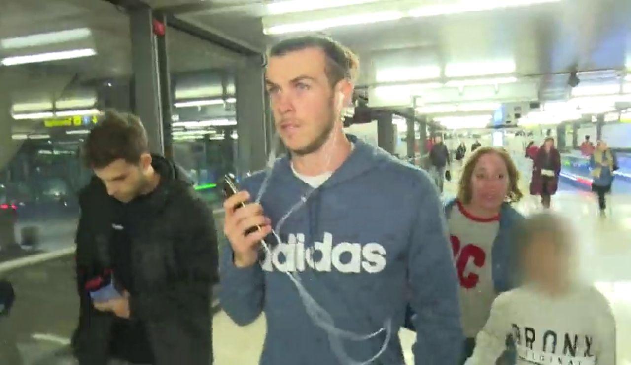 """El censurado gesto de Gareth Bale con un niño: """"Por favor, mi hijo te quiere mucho"""""""